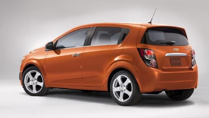 Chevrolet Sonic LS 2014 1.8